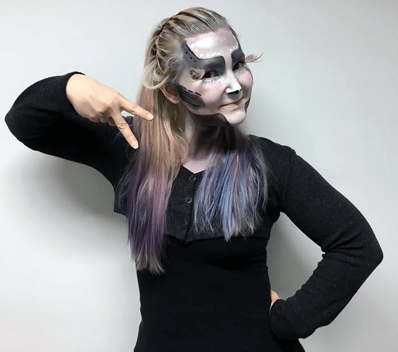 Alien face paint